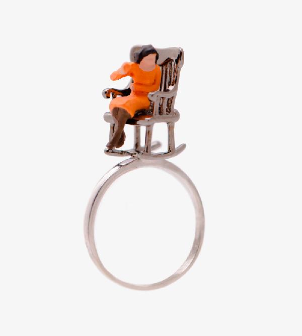 Kольцо-Spuntino_s-Mini-Character-Orange-от-бренда-Miss-Bibi.jpg