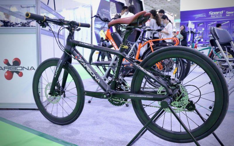 Карбоновый детский велосипед