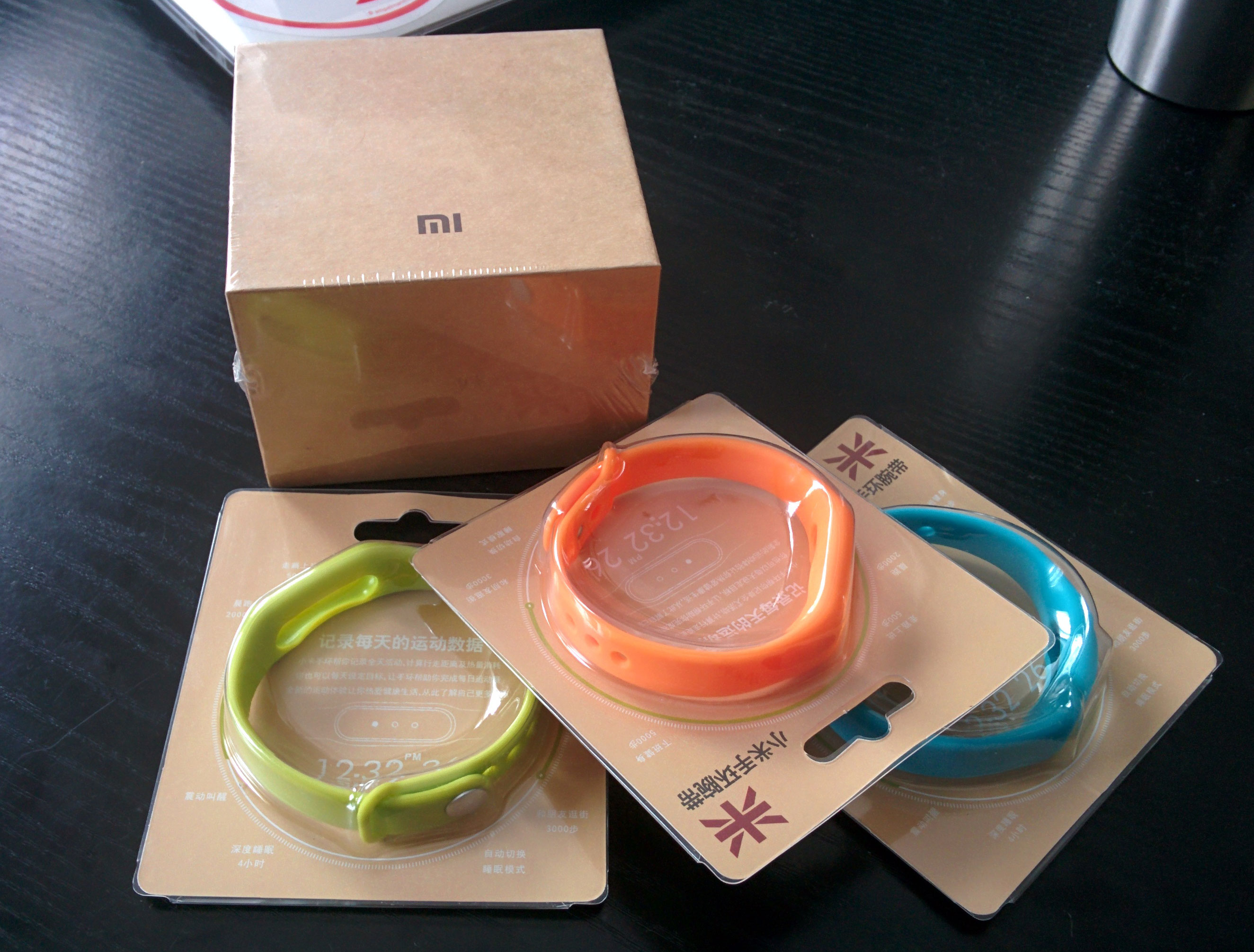 фитнес-браслеты Xiaomi. Купить в России