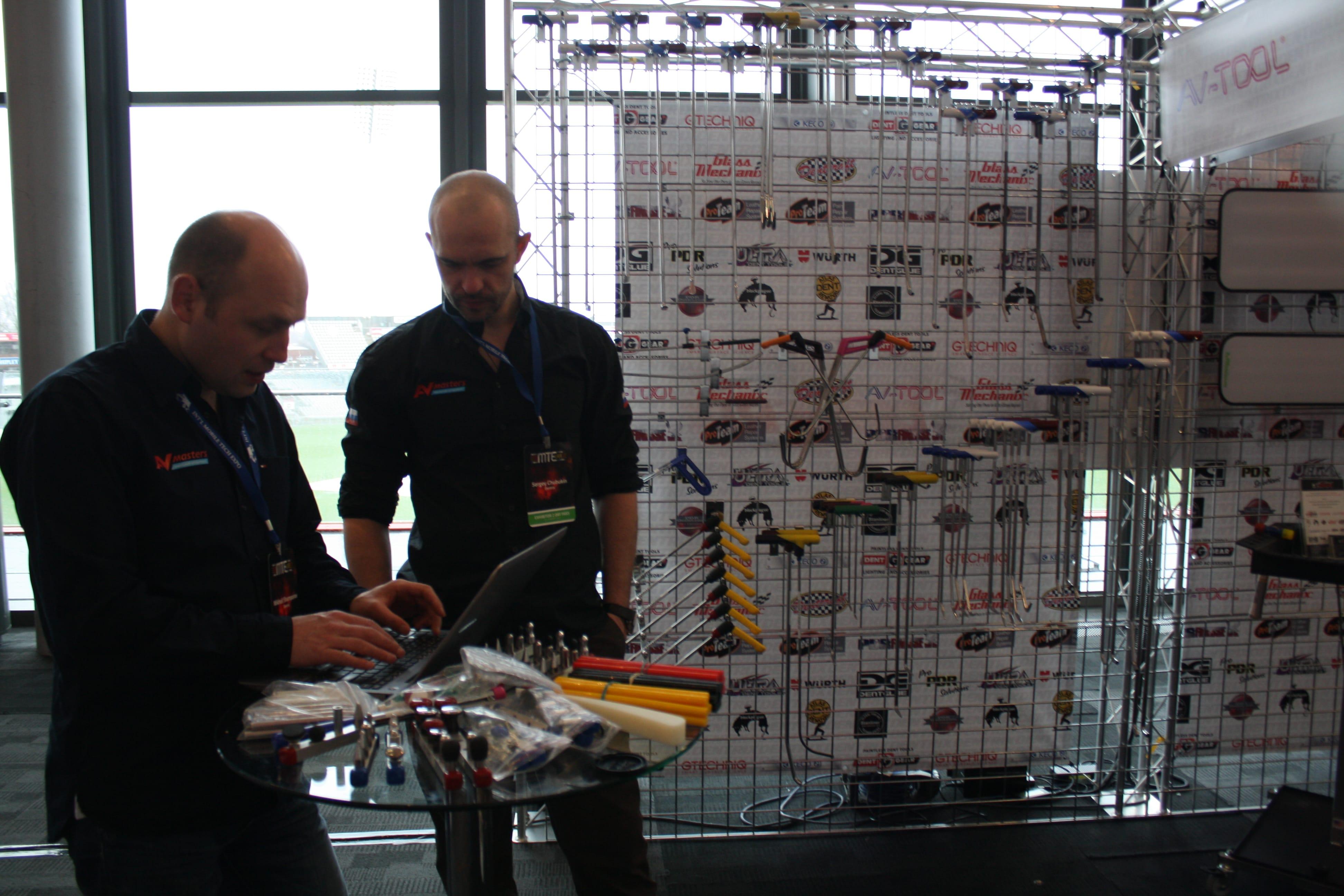 Стенд AV-Tool на выставке в Манчестере