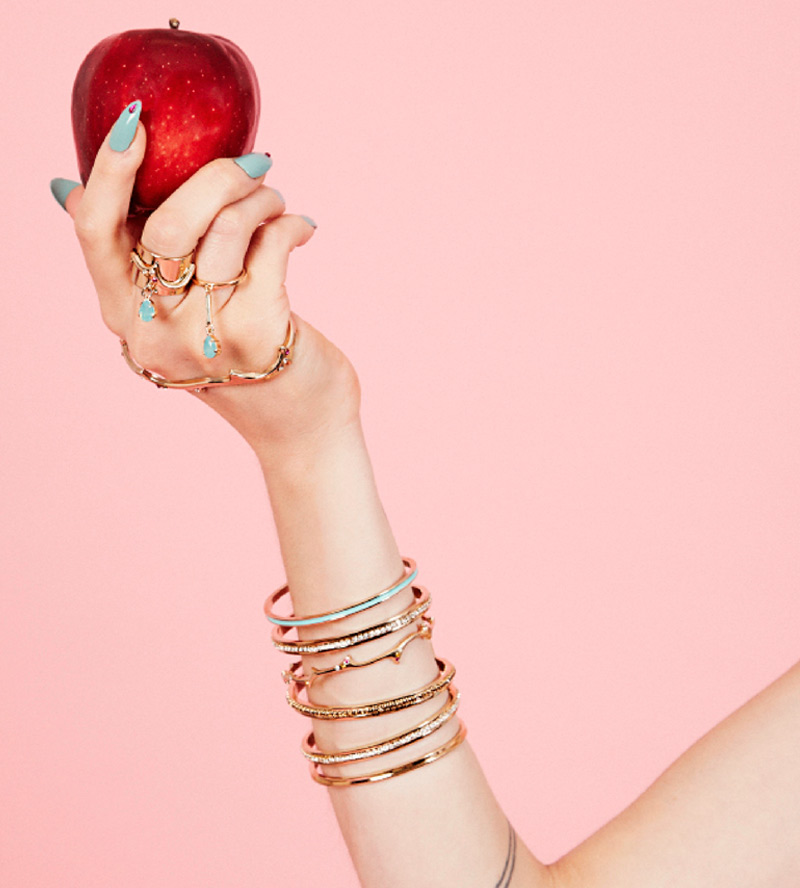 Кольцо-Poison-от-бренда-Maria-Francesca-Pepe-lookbook.jpg