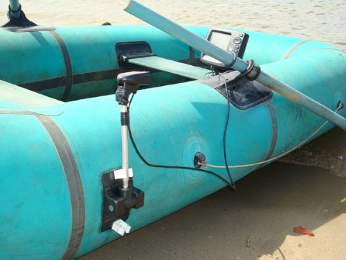 продам транец на надувную лодку
