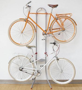 Зберігання велосипедів на стійці