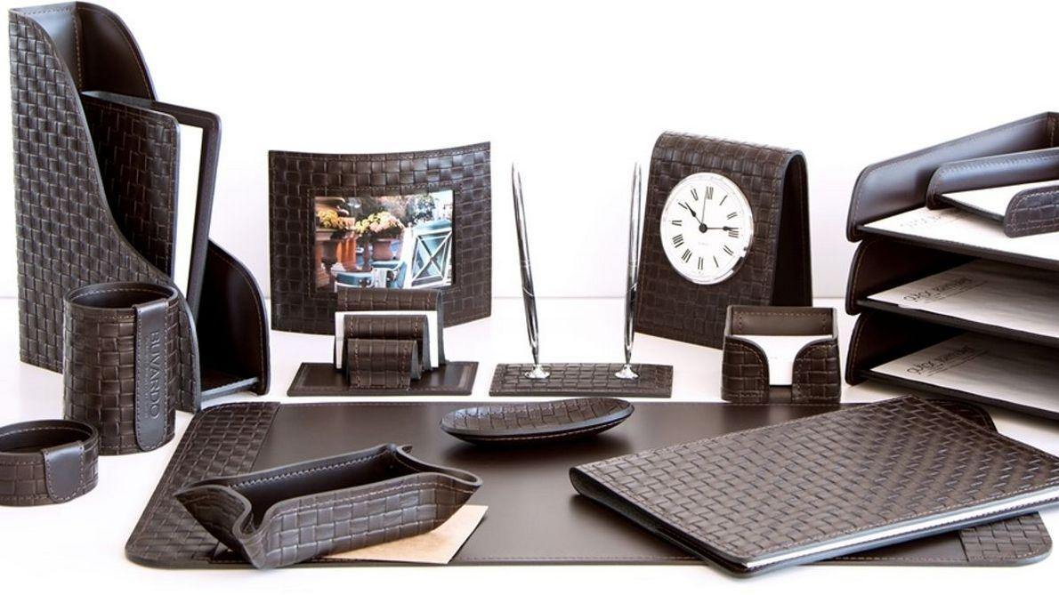 Наборы на стол руководителя Бизнес цвет шоколад Treccia.