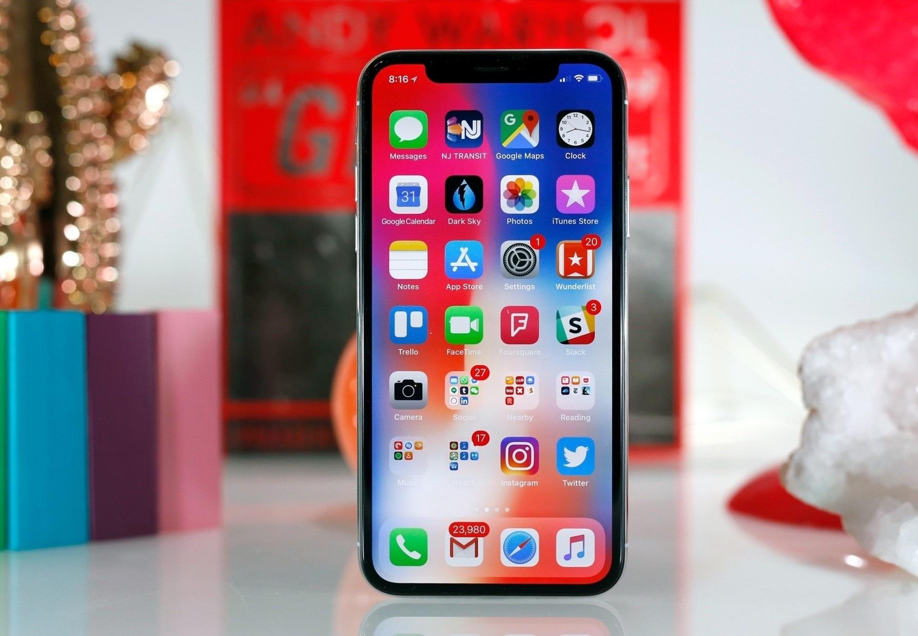 Айфон 10 экран