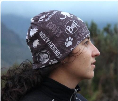 Тонкая беговая шапка