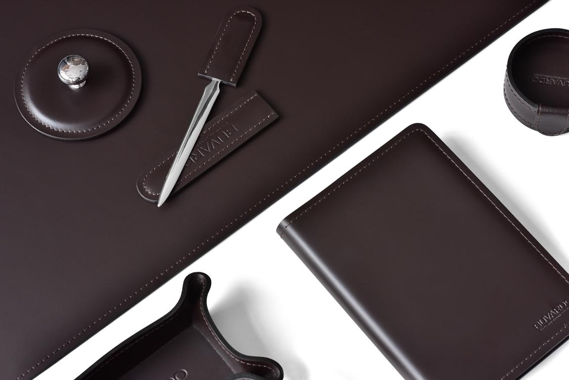 кожаный настольный набор коричневый випнабор buvardo