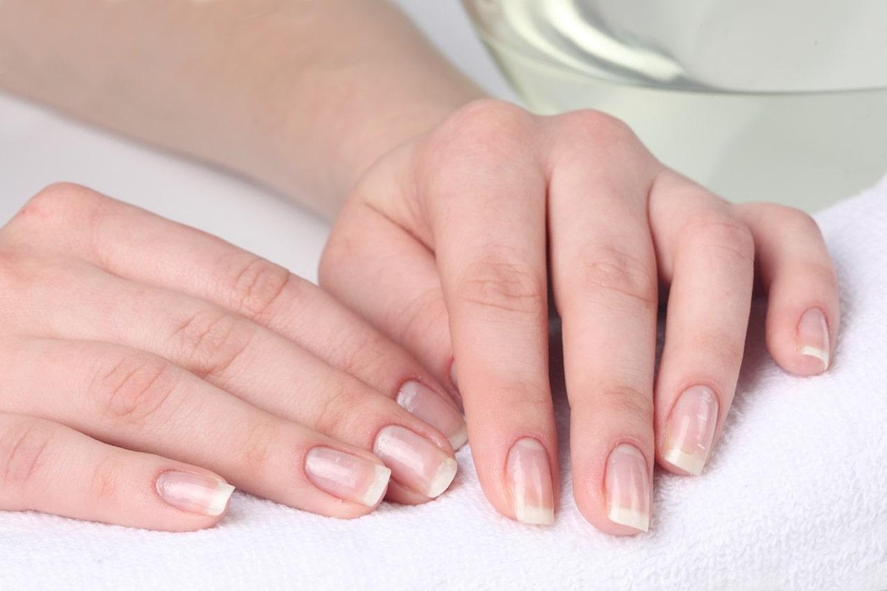 Ломкость и расслаивание ногтей