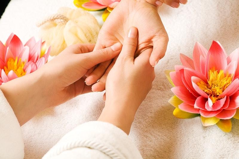 Все что нужно знать о массаже кистей и пальцев рук