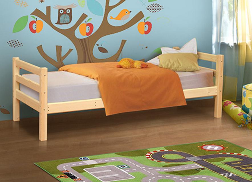 детская кровать из массива сосны в СПб купить