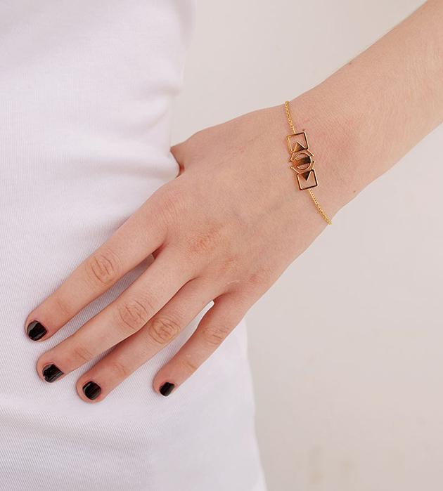 изящный браслет золотого цвета Ernest от Chic Alors-Paris