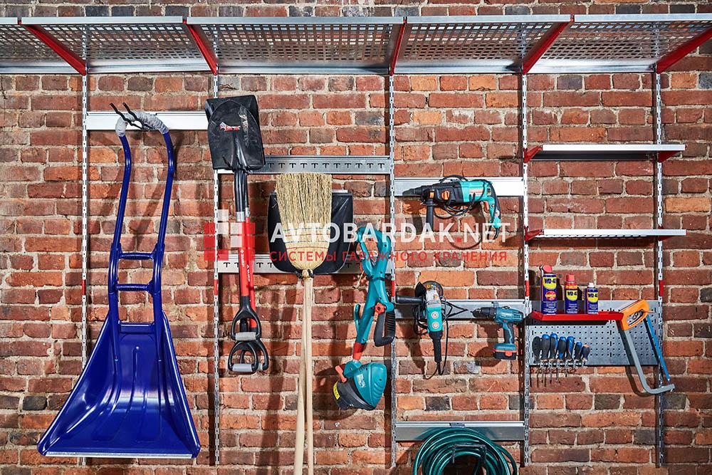 Хранение инструментов и рабочего инвентаря