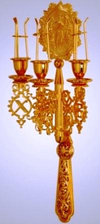 Пасхальный трехсвечник на сайте http://svechy-vosk.ru