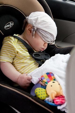 Путешествие с ребёнком на машине: как сделать его легким?