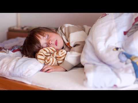 Диван или кровать: какой вариант для детской лучше?