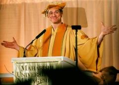 Джим Керри - выступление перед выпускниками Университета Махариши.
