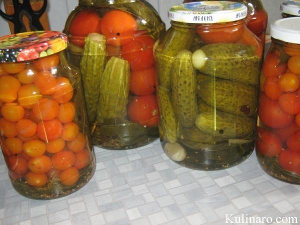 Огурцы и помидоры, консервированные с лимонной кислотой