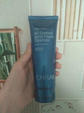 МЫЛО ИЛИ СРЕДСТВО БОРЬБЫ ПРОТИВ АКНЕ?  Обзор пенки для умывания TONY MOLY AC Control Acne Foam Cleanser.