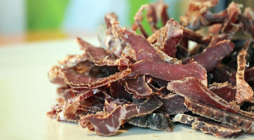 Не для веганов! Рецепты вяленого мяса в маринаде и без