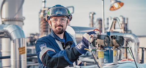 Газпром нефть за 9 месяцев 2018 г. увеличила производство светлых нефтепродуктов
