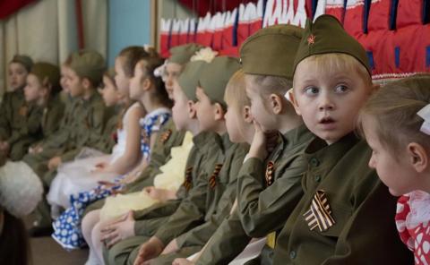 Лучшие короткие стихи для детей ко Дню Победы!