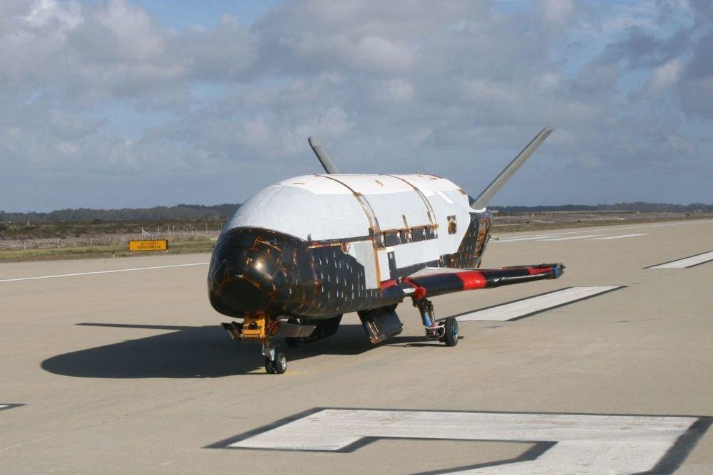Секретный беспилотник США провел в космосе 780 дней