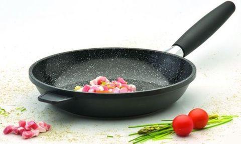 Рекомендации по использованию алюминиевой сковороды с антипригарным покрытием