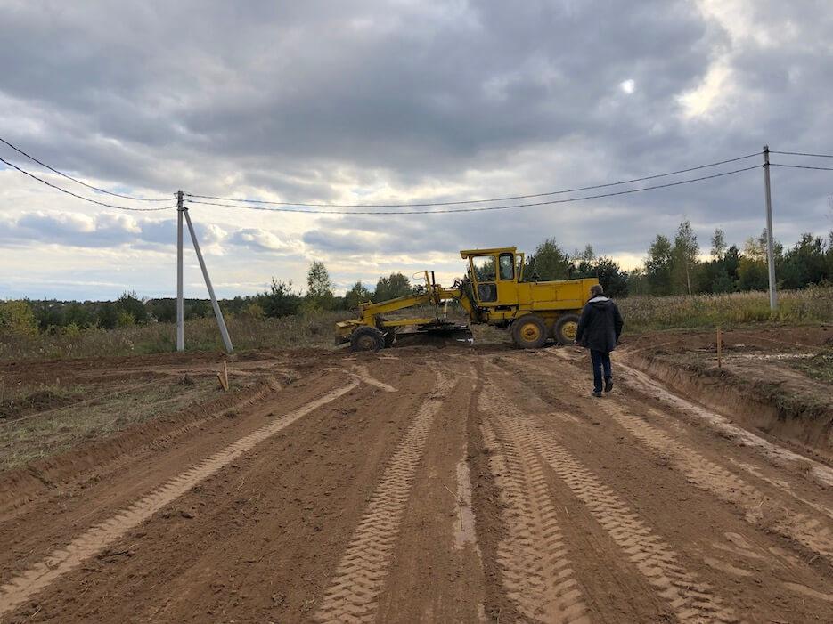 Планировка основания дорог в «Усадьбе Романово» продолжается