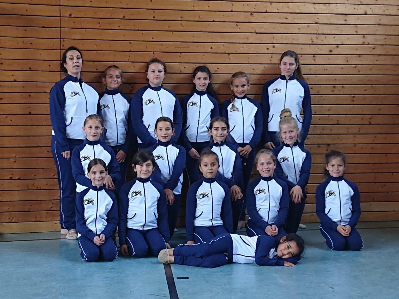 Команда гимнасток из Германии в костюмах от Ninelle Sport