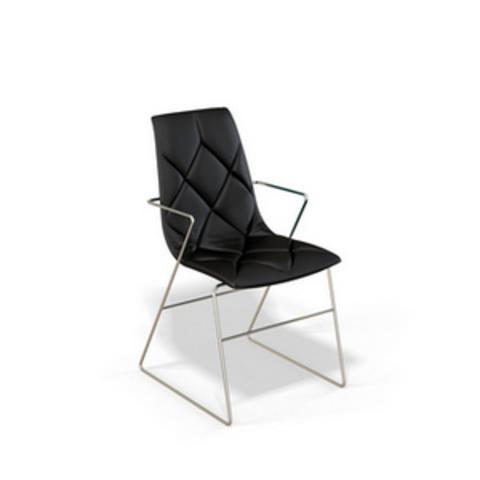 Производство металлических стульев KENNER