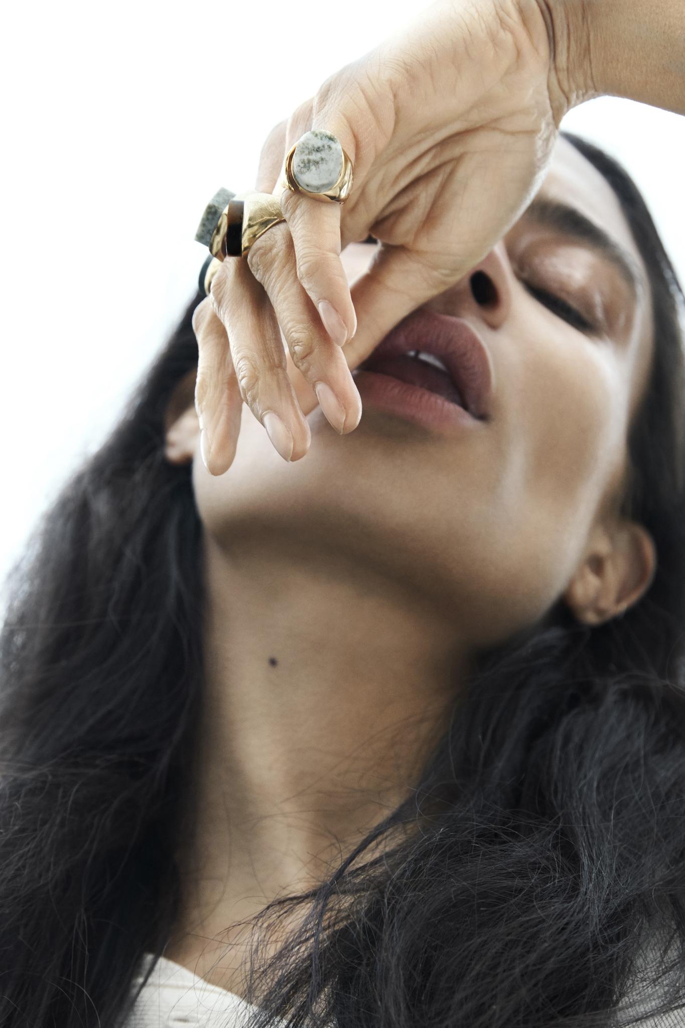 Cornelia Webb - новый бренд минималистичных украшений из Швеции