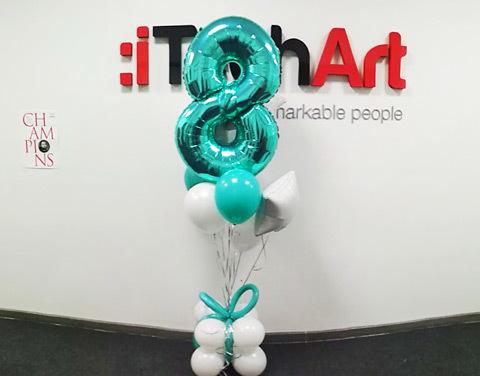 Поздравление с 8 Марта iTechArt