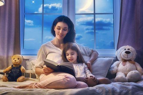 Польза чтения ребенку перед сном
