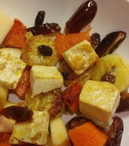 Тёплый фруктовый салат с тофу