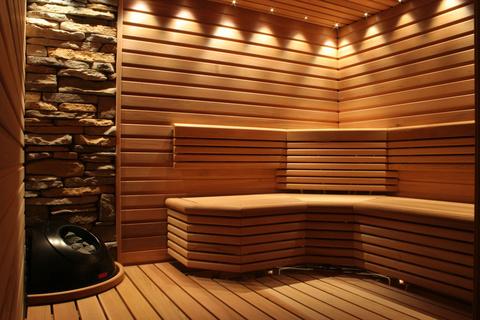 Освещение и аксессуары в банях и хамамах от CARIITTI