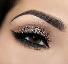 Арабский макияж со стразами