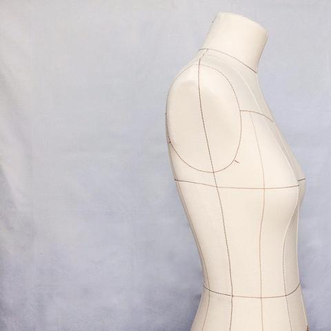 Обтяжка манекена: как мы перепробовали километры ткани в поисках лучшего варианта