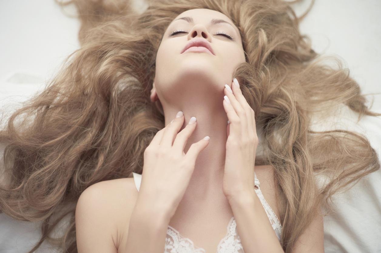 women-having-orgasms-slowmotion-hot-girls-breasts