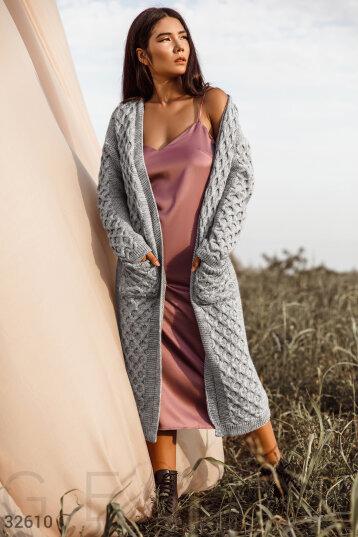 Кардиган — неотъемлемая часть гардероба