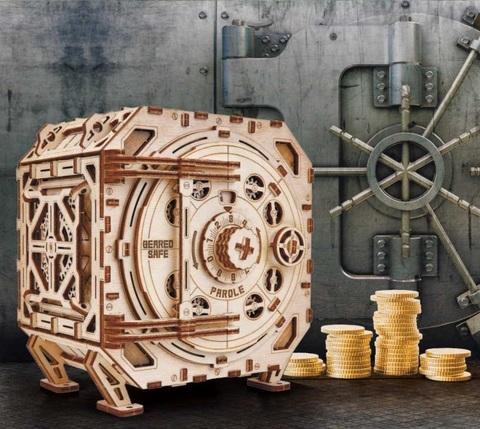 Дождались! Компания «Wood Trick» готовит для нас новинку - «Механический Сейф».