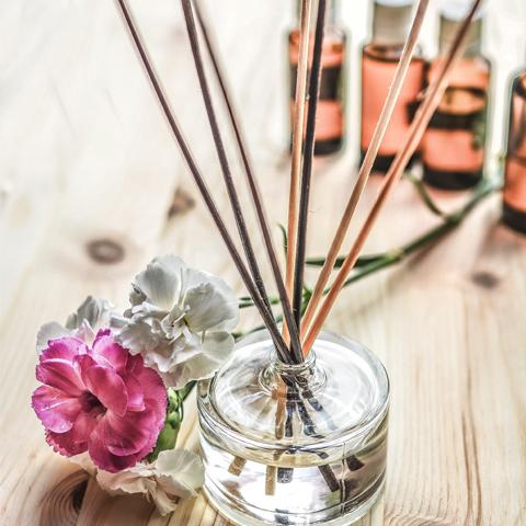 Какие ароматы наиболее подходят для теплого времени года
