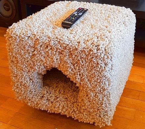 Пуфик-домик для кошек и собак теперь в продаже!