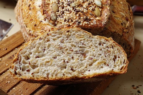 Хлеб с семенами на закваске (Дж. Хамельман)