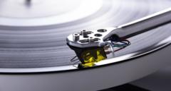 Неодимовые магниты в картридже алмазной иглы проигрывателя музыки