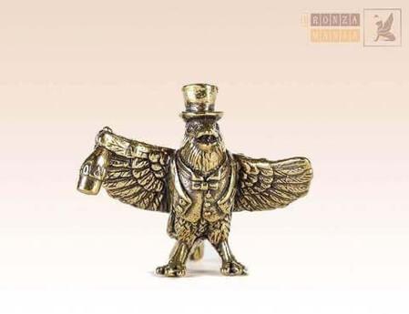 Какие сувениры привезти в подарок из Санкт-Петербурга ?