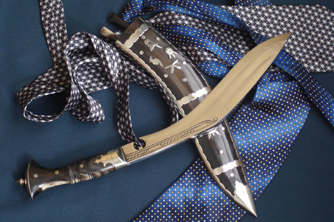 В чем основные преимущества ножей от Nepalese Kukri House?