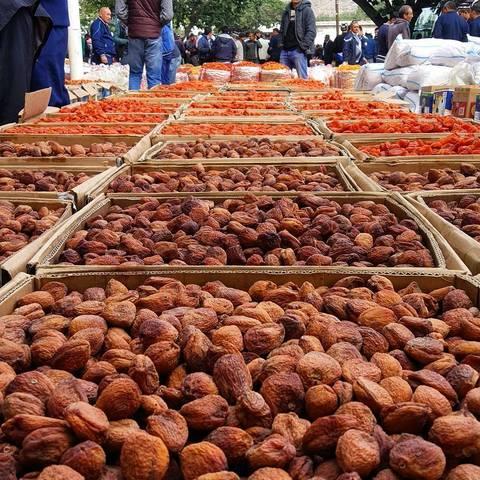 Натуральные абрикосы здесь тоже присутствуют