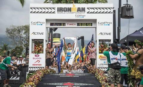 Атлет Compex Миринда Карфри стала чемпионкой Ironman Kona 2014