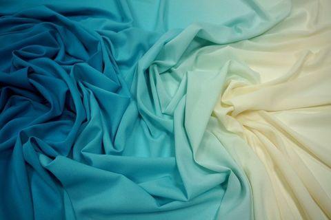 Шифон - легкая полупрозрачная ткань для пошива одежды