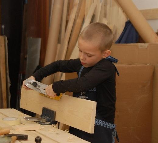 Правила техники безопасности в детских мастерских.